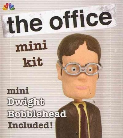 The Office Mini Kit: Dwight Bobblehead (Paperback)