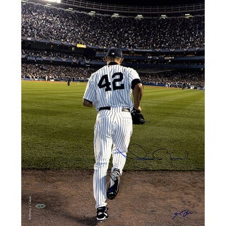 Mariano Rivera 2006 Entering The Game Color Signed 16x20 Photo (Signed By Anthony Causi)