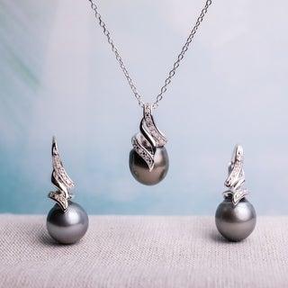 Miadora Sterling Silver Tahitian Pearl 1/10ct TDW Diamond Jewelry Set (G-H, I2-I3) (9-9.5 mm)
