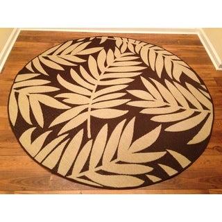 Woven Floral Brown/ Beige Indoor/ Outdoor Rug (6'7 Round)