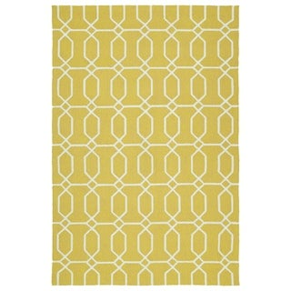 Indoor/Outdoor Handmade Getaway Gold Links Rug (8'0 x 10'0)