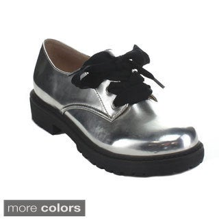 Over 340+ of your favorite brands; Shoes, sandals, boots, clogs, clothing more. Casual shoes. Women's Grey Soft Vintage Leather Frye Jillian Oxford Shoes