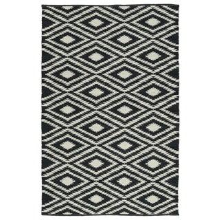 Indoor/Outdoor Laguna Black and Ivory Ikat Flat-Weave Rug (9'0 x 12'0)
