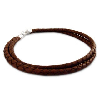 Handcrafted Sterling Silver Leather 'Classic Brown' Necklace (Peru)
