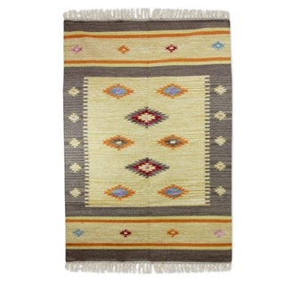 Handcrafted Wool 'Festive Stars' Dhurrie Rug 4x6 (India)