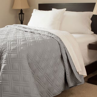 Windsor Home Solid Color Quilted Blanket