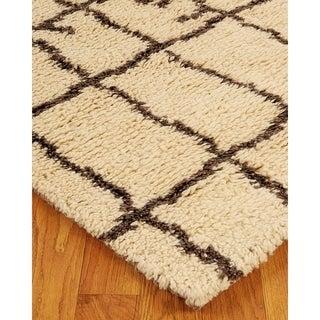 Hand-woven Beige Moroccan Wool Rug (9' x 12')