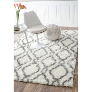 nuLOOM Soft and Plush Looped Diamond Shag White Rug (9'2 x 12')