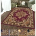 Caroline Medale Oriental Rug (5&#39;5 x 7&#39;7)