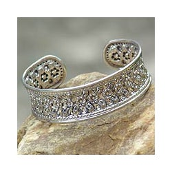 Sterling Silver 'Exquisite Nature' Bracelet (Thailand)