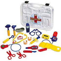 Pretend & Play 19-piece Doctor Set