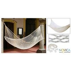 Hand-woven 'Ivory Sonata' Hammock (Mexico)
