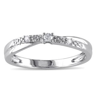 Haylee Jewels 10k White Gold Diamond Promise Ring (K-L, I2-I3)