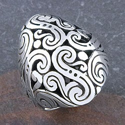 Sterling Silver 'Cawi Motif' Oval Ring (Indonesia)