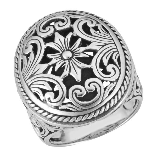 Sterling Silver Round Ornamented 'Cawi' Ring (Indonesia)
