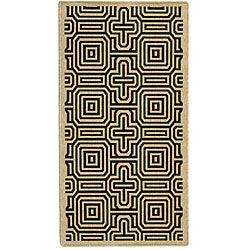 Safavieh Indoor/ Outdoor Matrix Sand/ Black Rug (4' x 5'7)