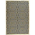 Safavieh Indoor/ Outdoor Matrix Sand/ Black Rug (5'3 x 7'7)