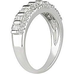 Miadora 10k White Gold 1/2ct TDW Diamond Ring (I-J, I2)