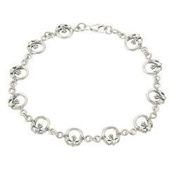 Journee Collection  Sterling Silver Claddaugh Link Bracelet