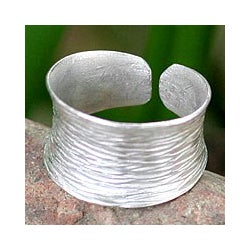Sterling Silver 'Riptide' Band Ring (Thailand)