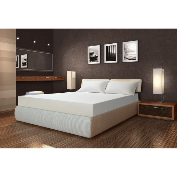 Sarah Peyton Firm Support 10-inch King-size Memory Foam Mattress with Pillows