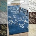 Handmade Alexa Pino Spring Season Floral Rug (5&#39; x 8&#39;)