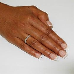 14k White Gold 1/4ct TDW Diamond Miligrain Wedding Band (H-I, I1-I2)