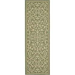 Safavieh Indoor/ Outdoor Resorts Olive/ Natural Runner (2'4 x 6'7)