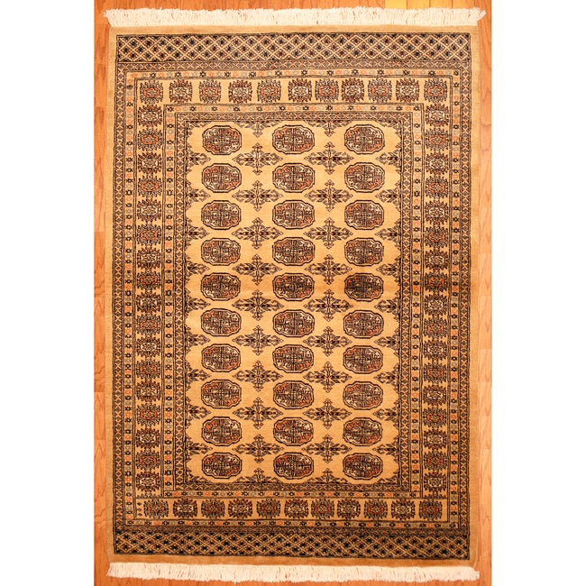 Pakistani Hand-knotted Bokhara Beige/ Black Wool Rug (4' x 6')