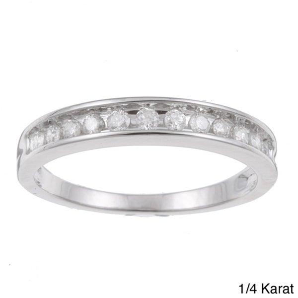 10k White Gold 1/4 to 1/2ct TDW Diamond Wedding Band (H-I, I2-I3)