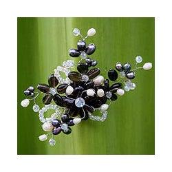 Pearl and Smokey Quartz 'Shadow Garden' Brooch (4-6 mm) (Thailand)