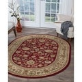 Soho Traditional Style Oval Rug (5&#39;3 x 7&#39;3)