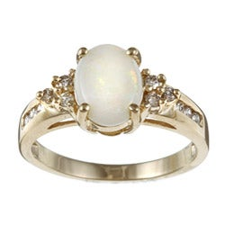 Sofia 10k Yellow Gold Opal and 1/5ct TDW Diamond Ring (J-K, I2-I3)