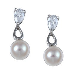 Kabella High-Polished Sterling Silver Freshwater Pearl and Cubic Zirconia Earrings (6-7 mm)