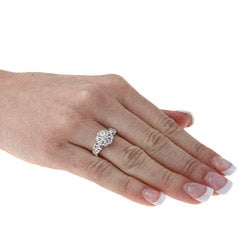 Sterling Essentials Sterling Silver Round-cut Cubic Zirconia Flower Ring