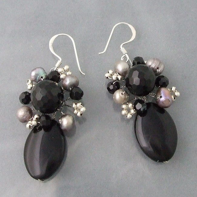 Silver Oval Black Onyx and Pearl Drop Earrings (6-8 mm) (Thailand)