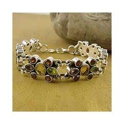 Sterling Silver 'Rainbow Sparkle' Amethyst Garnet Bracelet (India)