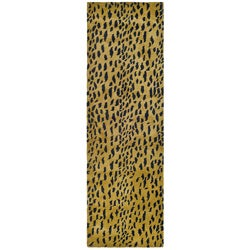 Safavieh Handmade Soho Leopard Skin Beige N. Z. Wool Runner (2'6 x 10')