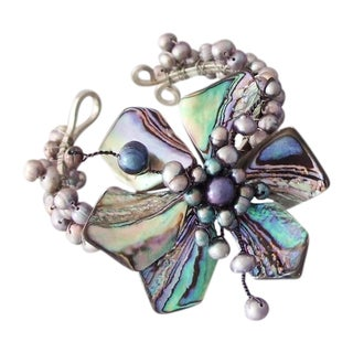 Silvertone Abalone and Black Pearl Floral Cuff (3-8 mm) (Thailand)