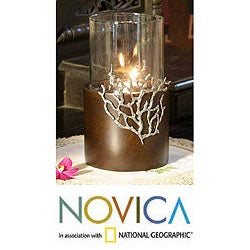Mango Wood and Pewter 'Coral Light Glow' Candleholder (Thailand)