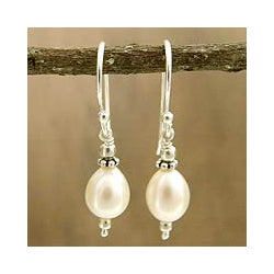 Sterling Silver 'Destiny' 10 mm Pearl Earrings (India)
