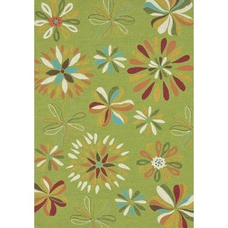 Hand-hooked Coventry Green Floral Indoor/ Outdoor Rug (7'6 x 9'6)