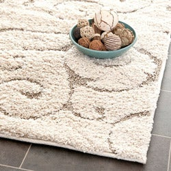 "Safavieh Ultimate Casual Cream/Beige Shag Rug (3'3"" x 5'3"")"