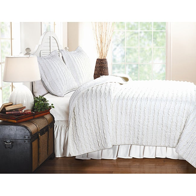 Greenland Home Fashions Ruffled White 3-piece Quilt Set