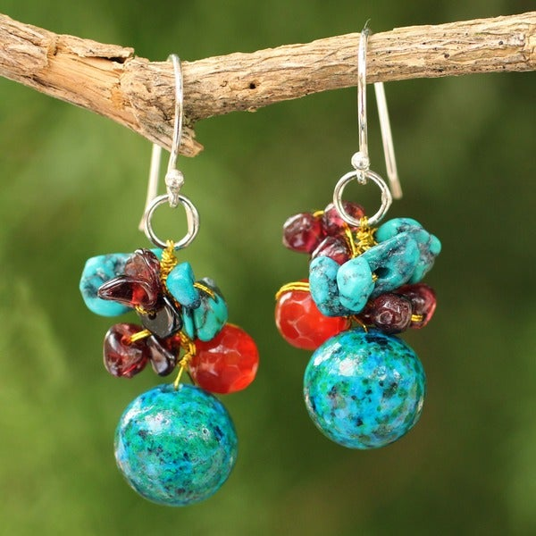 Sterling Silver 'Green Earth' Carnelian Garnet Earrings (Thailand)