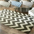 Handmade Luna Easy Care Chevron Rug (7'6 x 9'6)