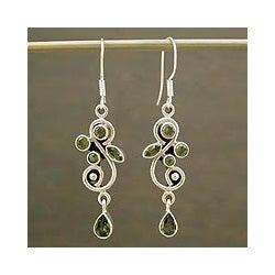 Sterling Silver 'Verdant Vine' Peridot Earrings (India)