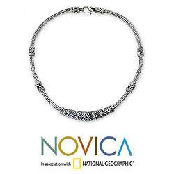 Sterling Silver 'Thai Garden' Chain Necklace (Thailand)