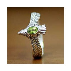 Sterling Silver Men's 'Peace Messenger' Peridot Ring (Indonesia)