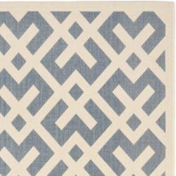 Safavieh Blue/ Bone Indoor Outdoor Rug (5'3 x 7'7)